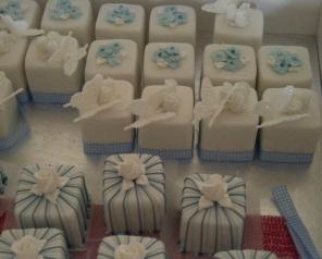 Cakes by Maki